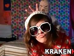 Krakenhot - Adorable teenage in..