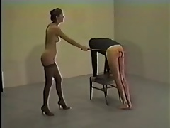 Dominatrix gets exited from nude