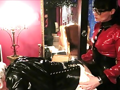 rubber maid Paulette has to..